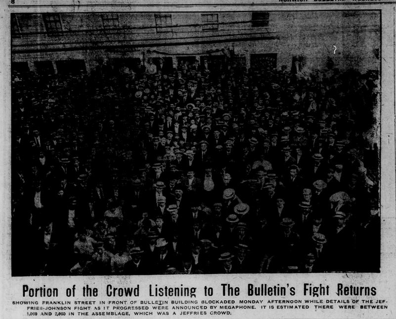 """Portion of the Crowd Listening to The Bulletin's Fight Returns"". Norwich Bulletin, July 6, 1910"