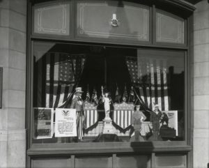 World War I window dispalys in Hartford