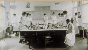 World War I cooking lab